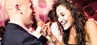 Kezdő Salsa On1 Los Angeles és On2 New York Stílusban. Tánctanfolyamok és Táncoktatás Budapesten a Stadionok Metrónál